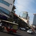 _Phnom Penh se počasi tudi modernizira_